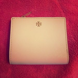 Tory Burch Pale Pink Wallet NWOT
